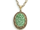 Vintage Vanda Locket Pendant Necklace $14.95
